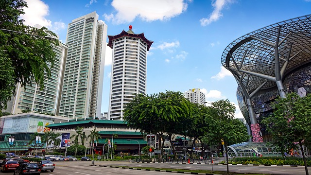 jobs for Malaysians in Singapore - shopping district orchard road